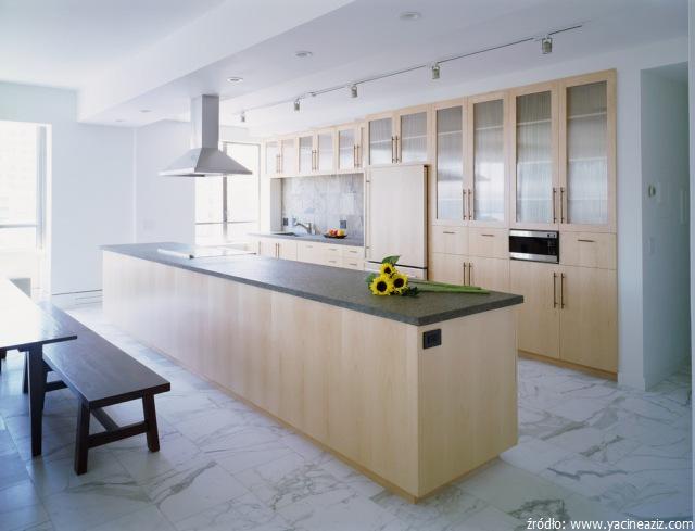 Podłoga_z_marmuru_w_kuchni_i_w_salonie_tak_czy_nie_2.jpg