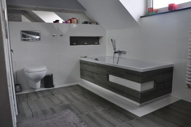 Granit_w_aranżacjach_łazienek.jpg