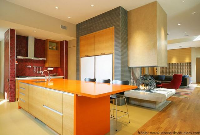kominek-w-kuchni-inspirujące-aranżacje-2.jpg