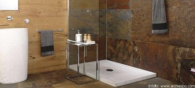 Prysznic i brodzik z kamienia naturalnego