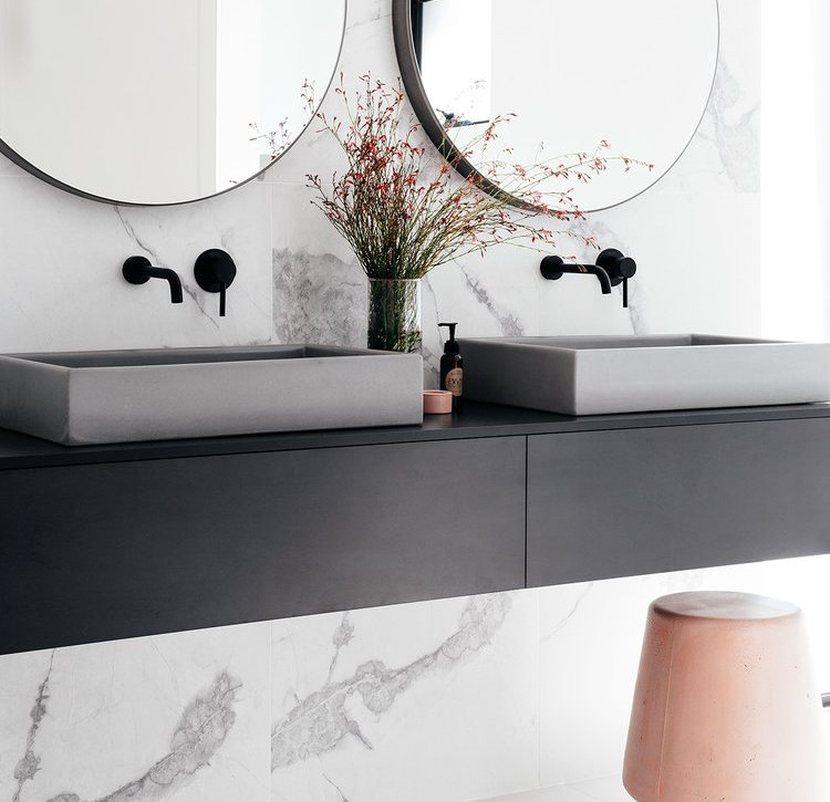 Kamień w łazience. Jakie ma zastosowanie i właściwości?